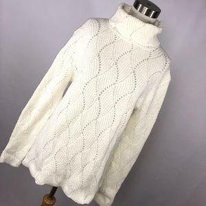 Sundance PL Petite Large Sweater Cream Turtleneck